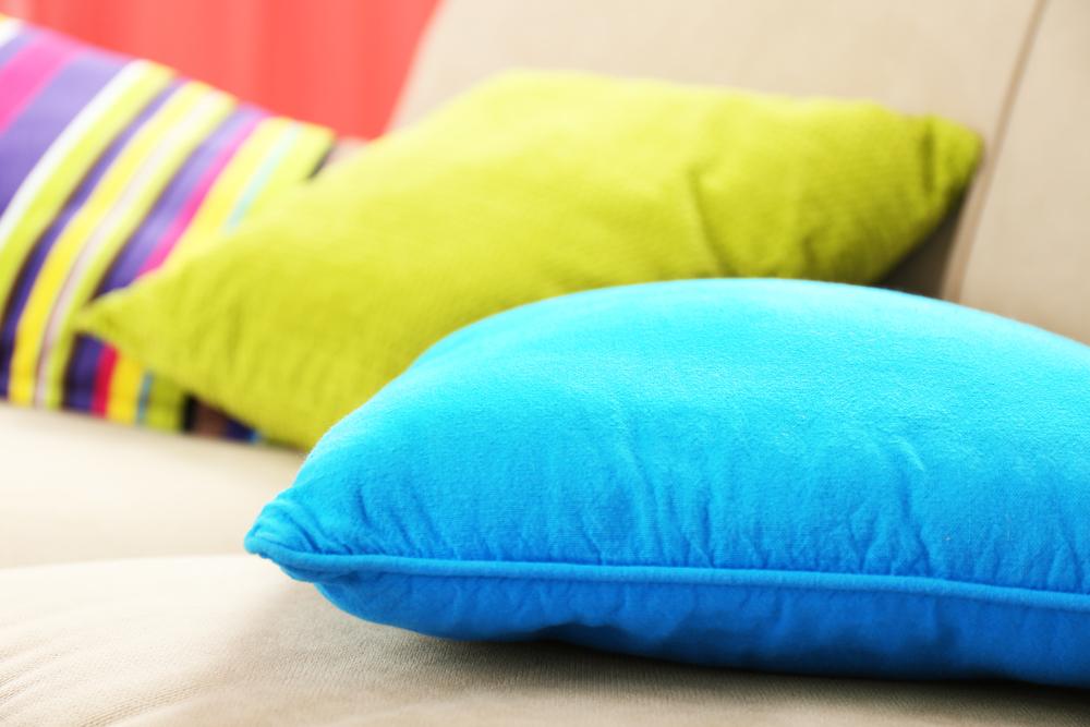 Utiliser les oreillers pour relooker son lit