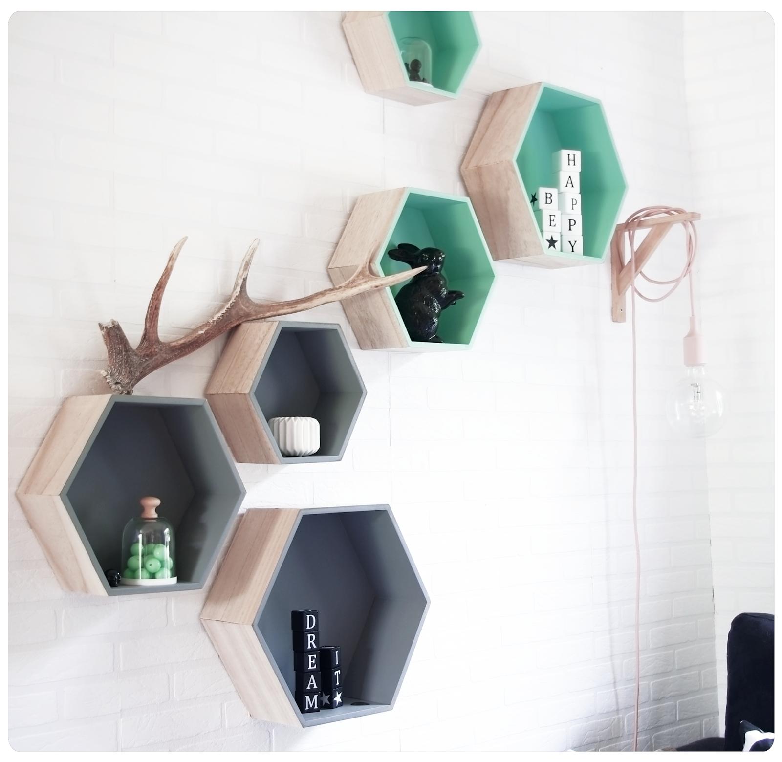 DIY: Une étagère géométrique chez soi