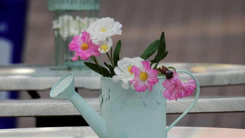 Comment associer les fleurs à sa décoration?